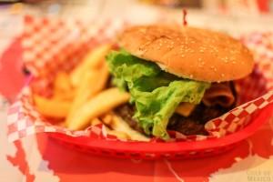 hamburger-407103_1280