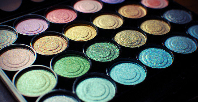 5 Ways to Save Money on Makeup and Beauty Products