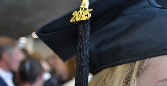 5 Ways Not to Overspend as a New College Graduate
